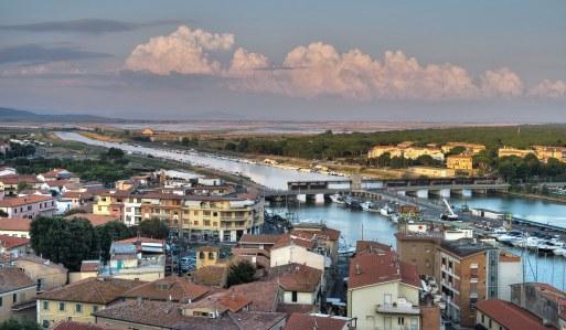 Toskanische Hafenstadt
